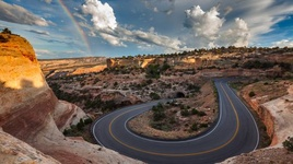 Curve- Colorado National Monument.jpg